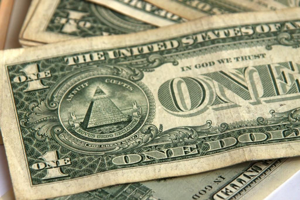 Купюра в один доллар